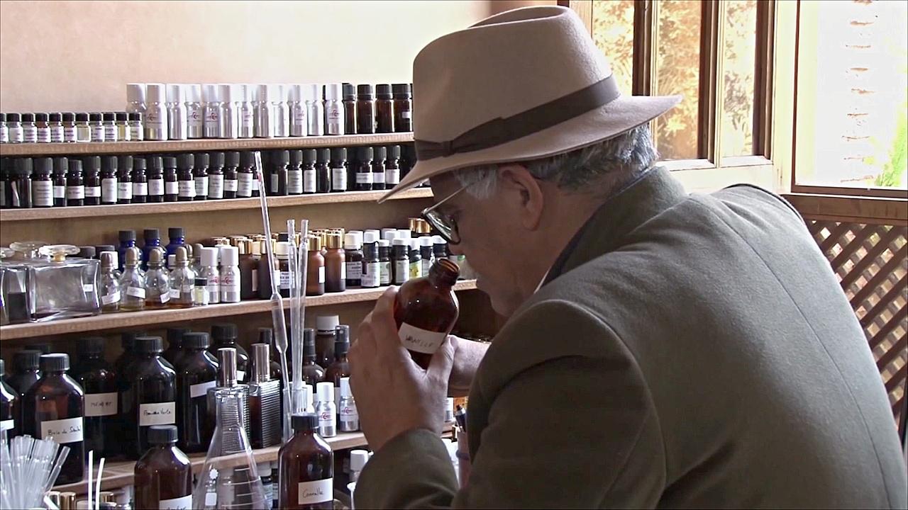 Марокканский парфюмер вдохновляет молодёжь создавать духи