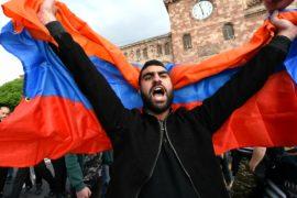 Протесты в Ереване продолжаются, несмотря на задержания