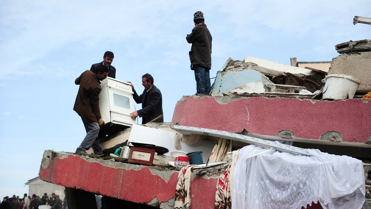 Землетрясение в Турции: 39 пострадавших