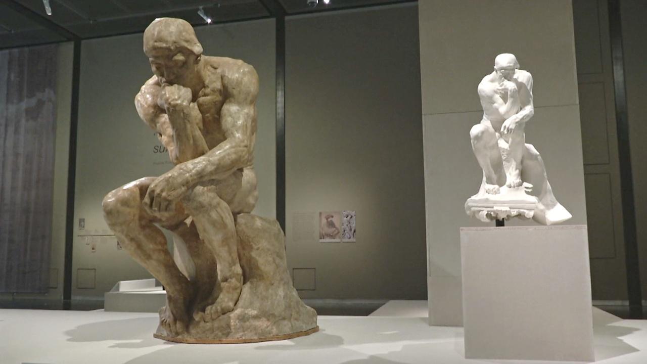 «Мыслителя» и «Поцелуй» представили на выставке скульптур Родена