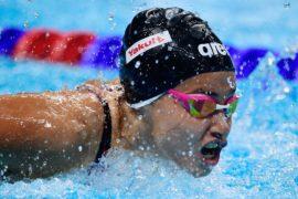Пловчиха-беженка, спасшая людей в море, готовится к Играм в Токио