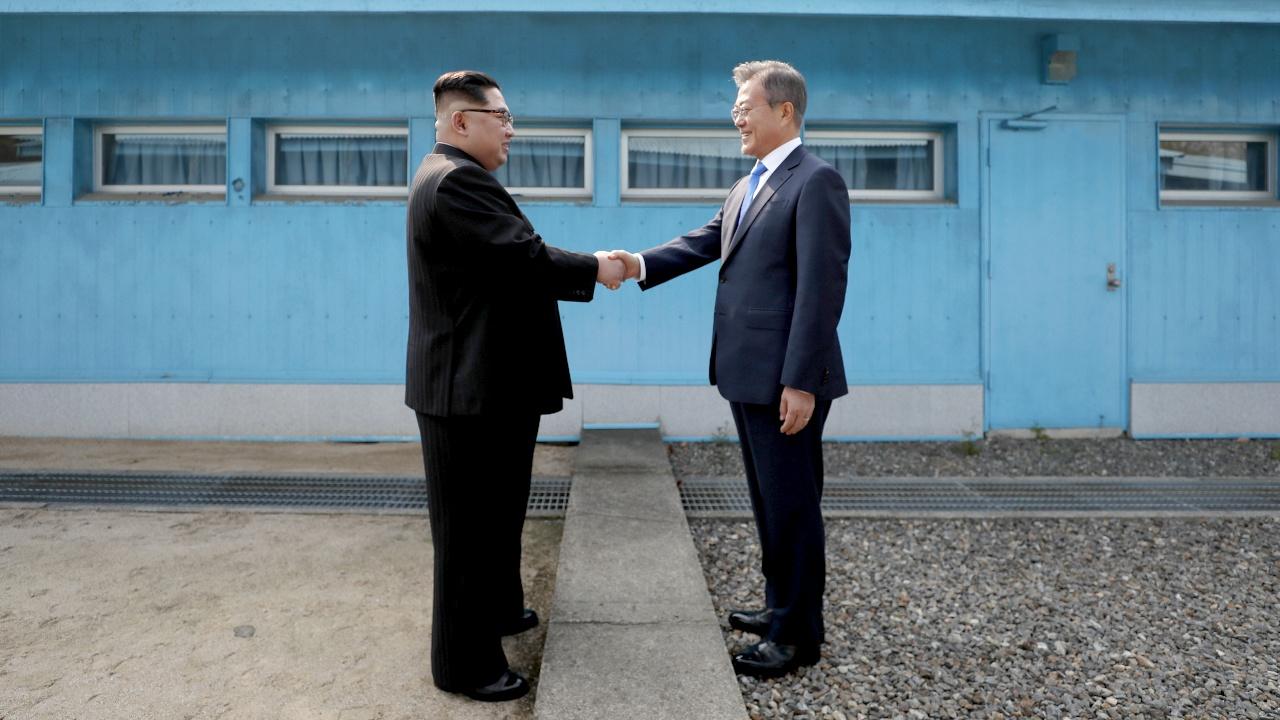 Исторический момент: северокорейский лидер впервые посетил Южную Корею