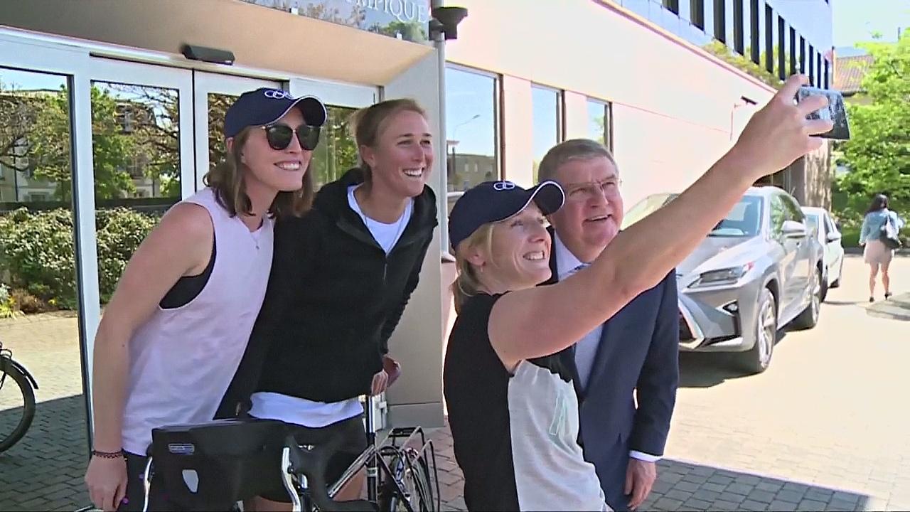 Бывшие олимпийцы хотят доехать на велосипедах из Швейцарии в Новую Зеландию