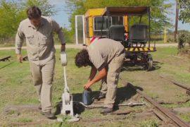 Энтузиасты поддерживают работу заброшенной железной дороги в Аргентине