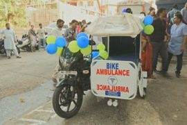 В Мумбае запустили службу скорой помощи на мотоциклах