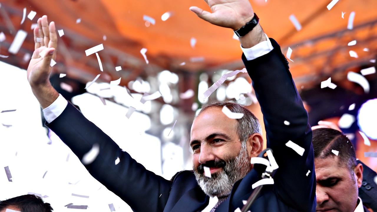Премьер-министром Армении стал лидер оппозиции Пашинян