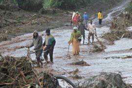 Число жертв прорыва плотины в Кении возросло до 47