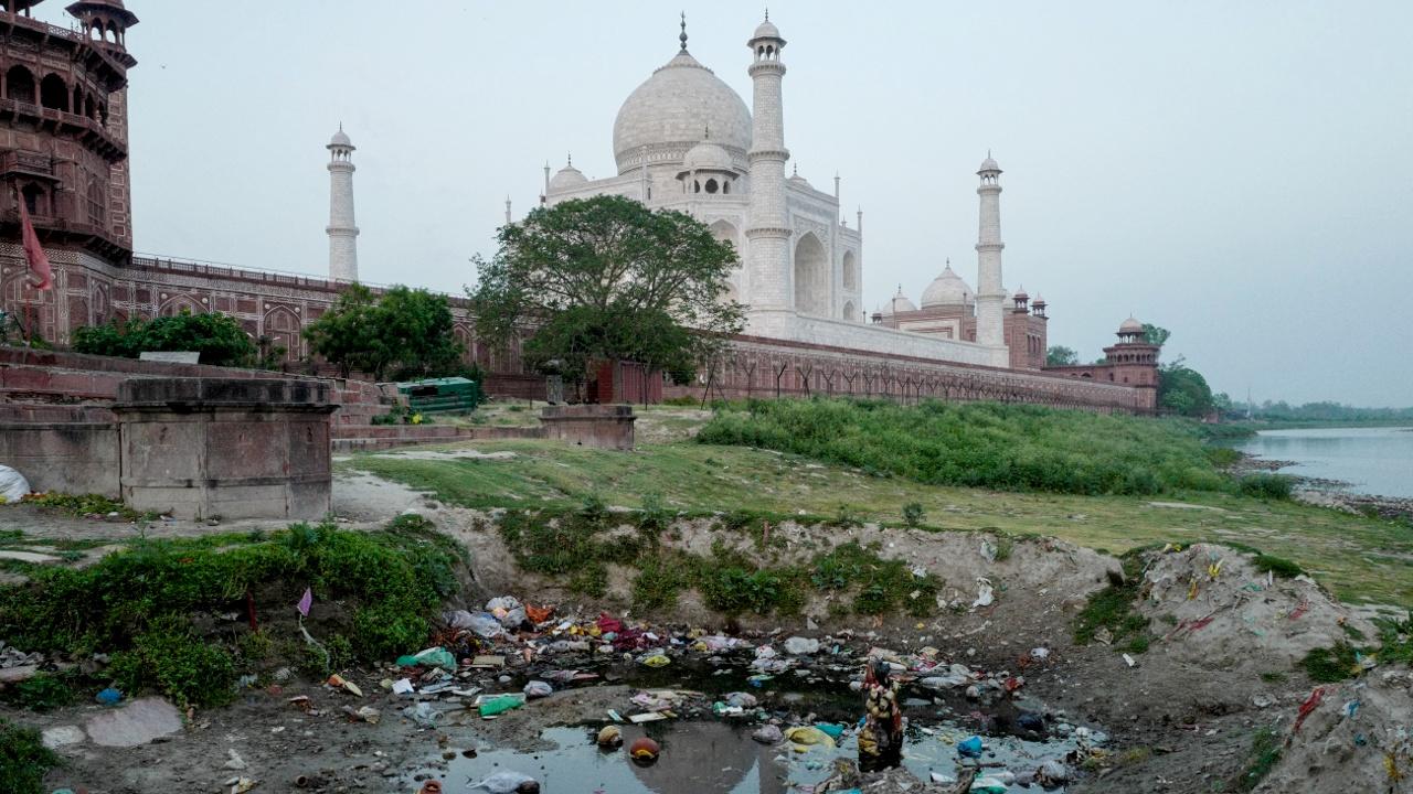 Тадж-Махал «умирает» из-за загрязнения