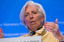 Глава МВФ: госдолг угрожает экономикам мира