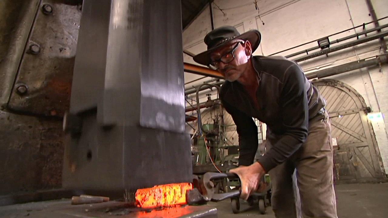 Сиднейский умелец надеется возродить кузнечное ремесло
