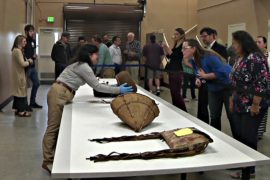 К индейцам штата Орегон на год вернулись утраченные артефакты