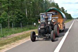На Кубок мира — на тракторе: как немецкий болельщик едет в Москву