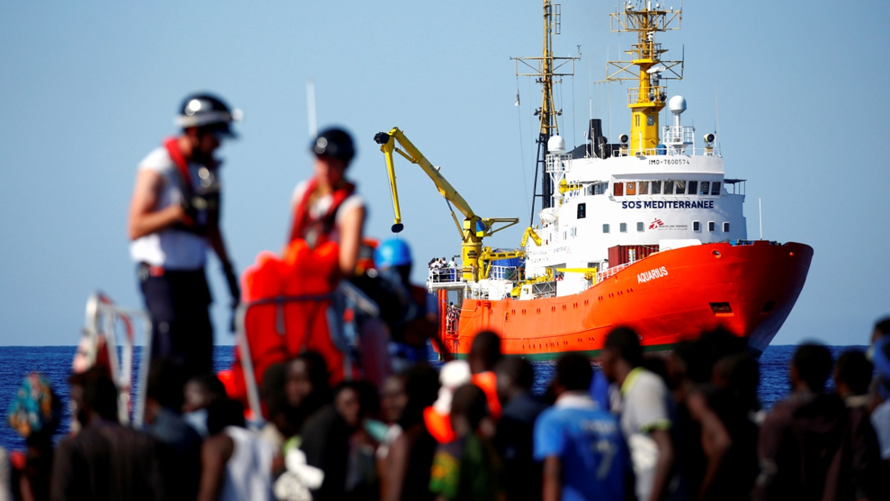 Испания примет мигрантов, которых отказались забрать Италия и Мальта