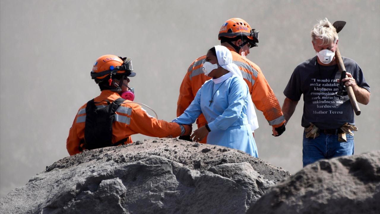 Гватемалка потеряла 50 родственников при извержении Фуэго