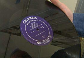 Копия первой в мире долгоиграющей пластинки появилась в Британской библиотеке