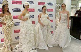 Конкурс свадебных платьев из туалетной бумаги прошёл в Нью-Йорке