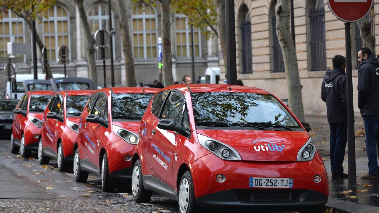 В Париже закрывают службу проката электромобилей Autolib