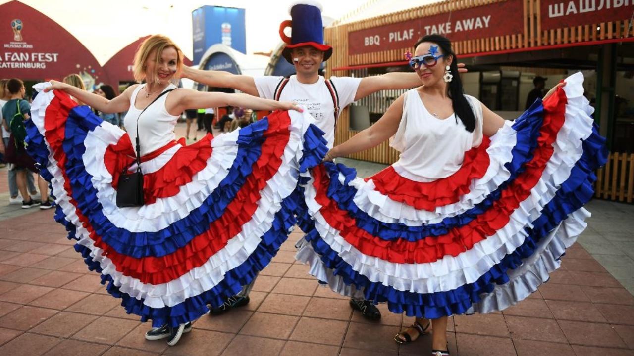 После победы Уругвая российские болельщики всё ещё полны оптимизма