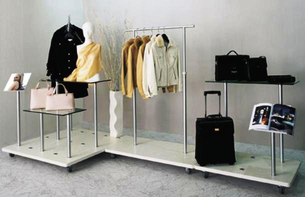 Какое торговое оборудование нужно для магазина одежды?