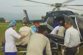 Перегруженный автобус сорвался в пропасть в Индии, десятки жертв