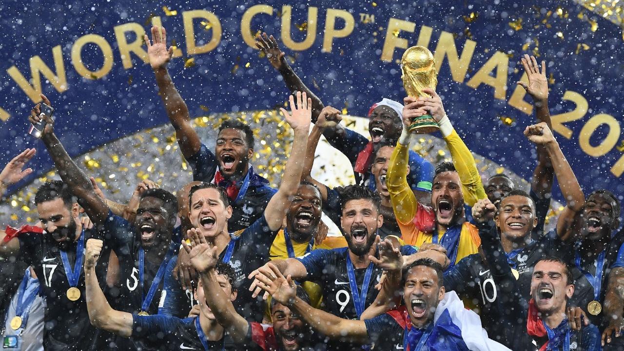 Франция – чемпион, в Париже – ликование и беспорядки