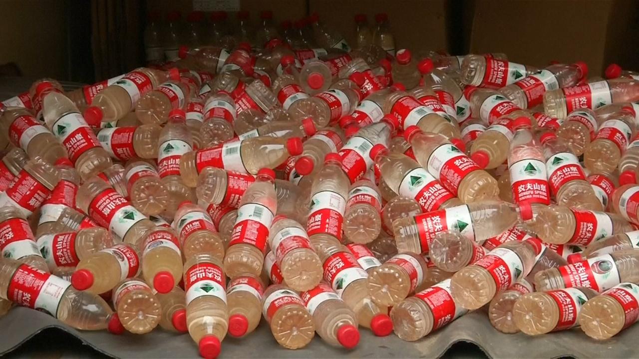 Грязная бутилированная вода: как активист показал проблему загрязнения в Китае