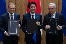 ЕС и Япония подписали соглашение о зоне свободной торговли