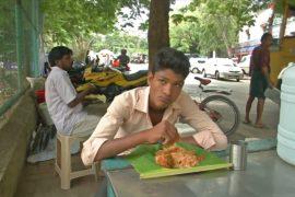 Еда на листьях банана: как в Индии готовятся к запрету на пластик