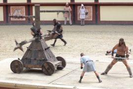 Парк средневековых развлечений во Франции: гладиаторы и живые львы