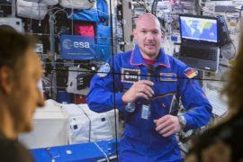 Астронавт Александр Герст позвонил с МКС землякам в Германию