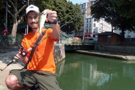 В Париже всё популярнее городская рыбалка