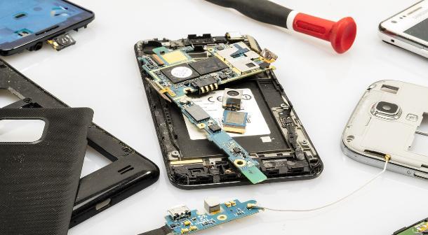 Оперативный ремонт смартфонов