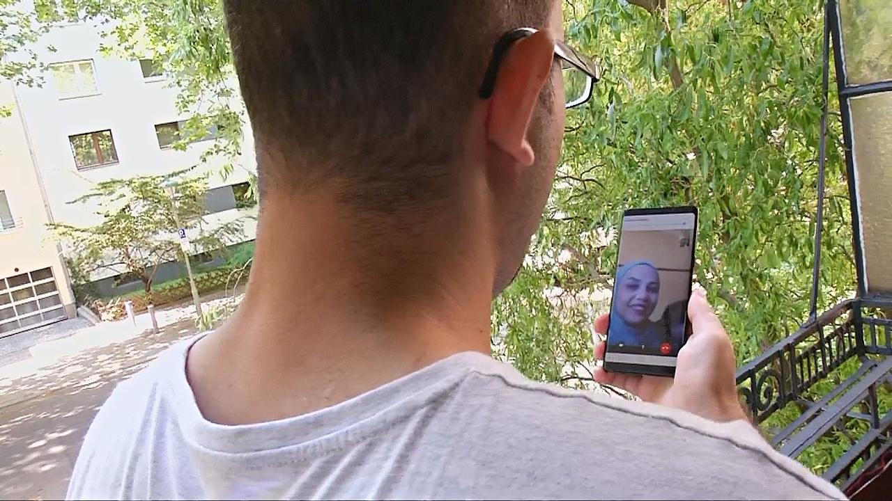Сирийский беженец в Германии надеется скоро воссоединиться с семьёй