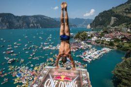 Чемпионат по клифф-дайвингу прошёл в Швейцарии