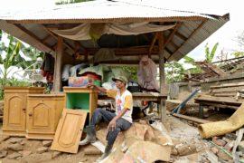 На Ломбоке продолжается разбор завалов, погибших уже более 250