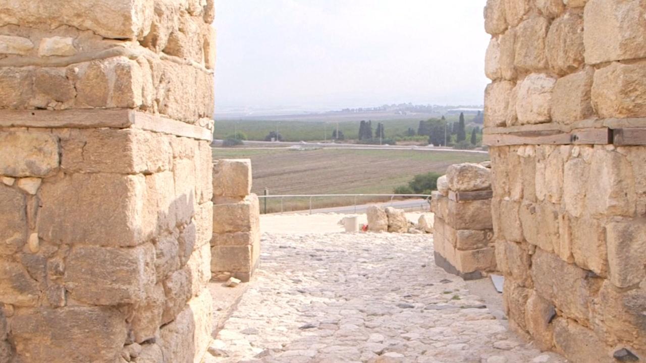 Израильскую тюрьму перенесут ради археологических раскопок