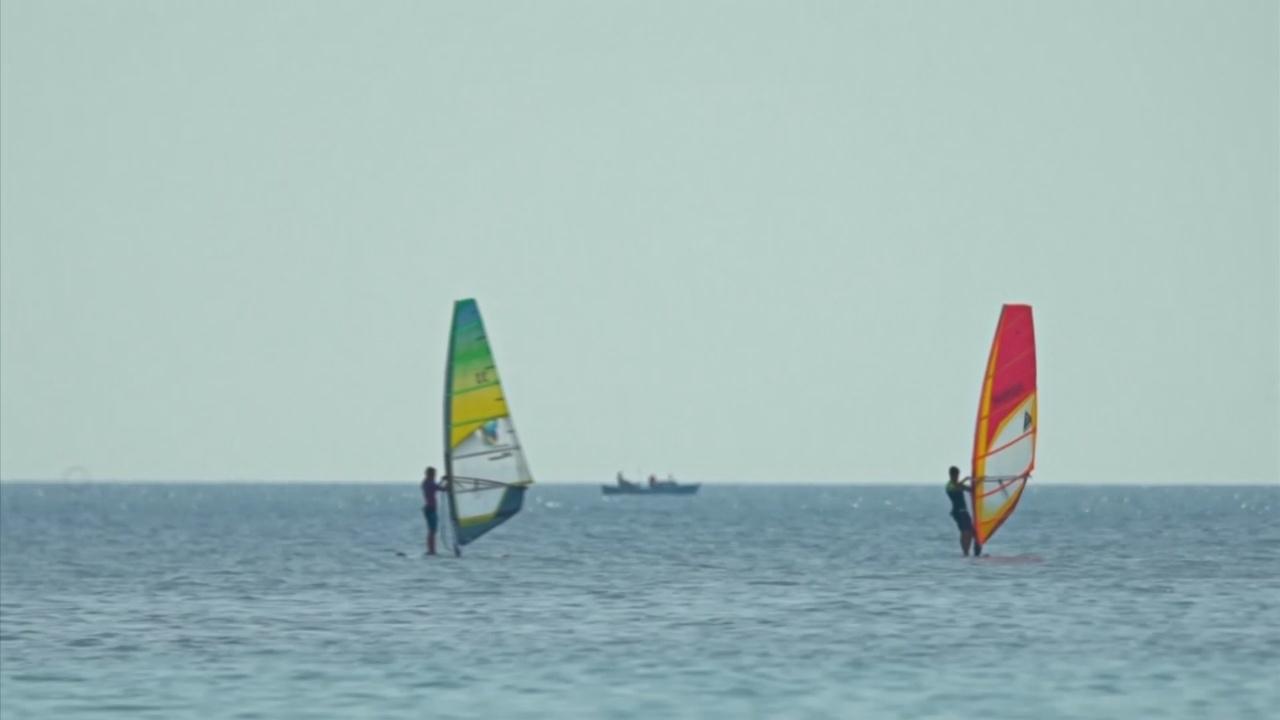 Два сёрфера хотят спасти Чёрное море от пластика