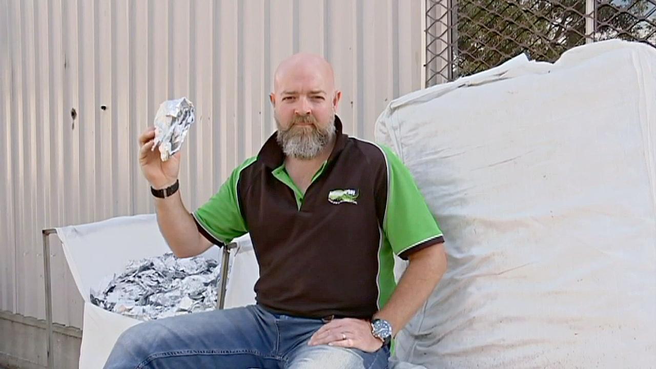 Австралиец решил проверить, сколько фольги выбрасывают салоны красоты