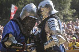 Рыцарские сражения украсили фестиваль средневековья в Сербии