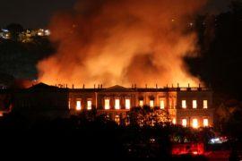 В Рио сгорел Национальный музей Бразилии
