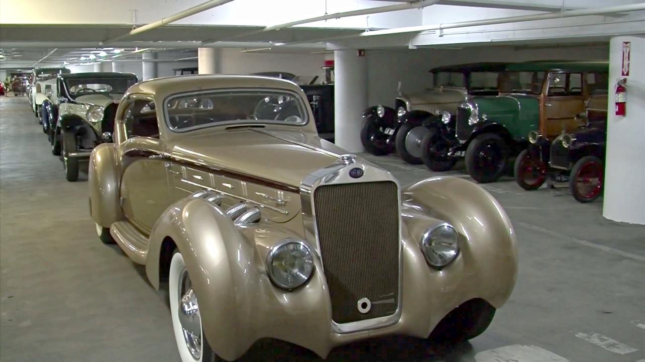Сокровищницу из 300 редких авто открыли для публики в Лос-Анджелесе