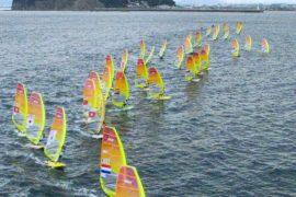 Регата перед Олимпиадой-2020: 450 спортсменов вышли на яхтах в залив Сагами