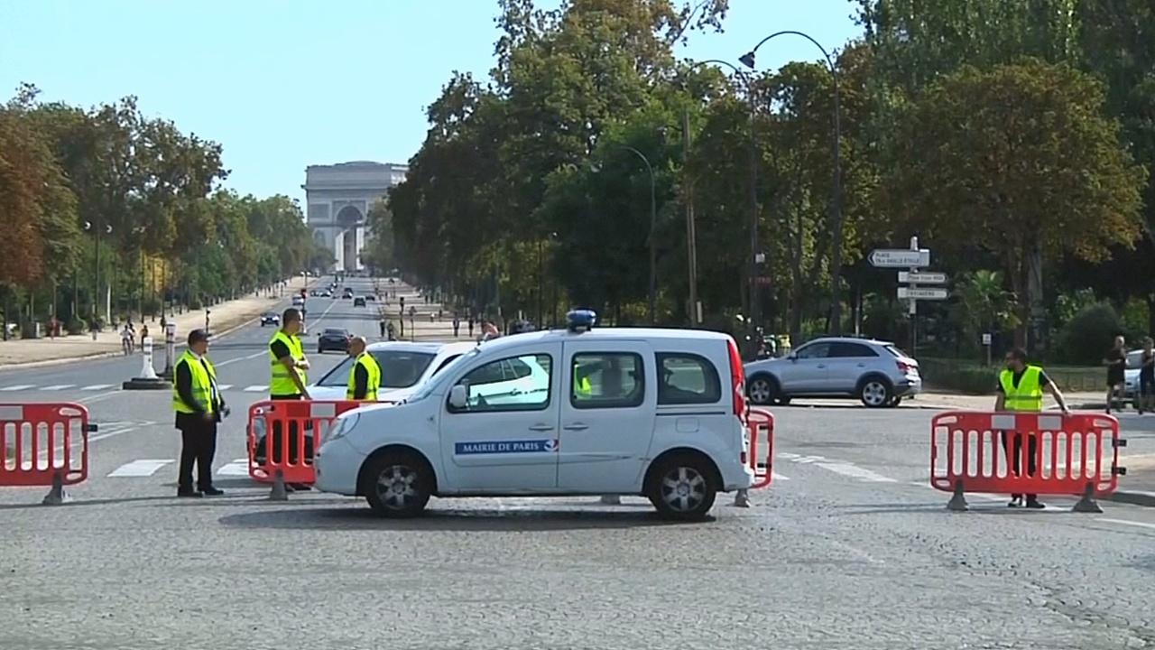 «День без машин» в Париже: пешеходы довольны, водители возмущены