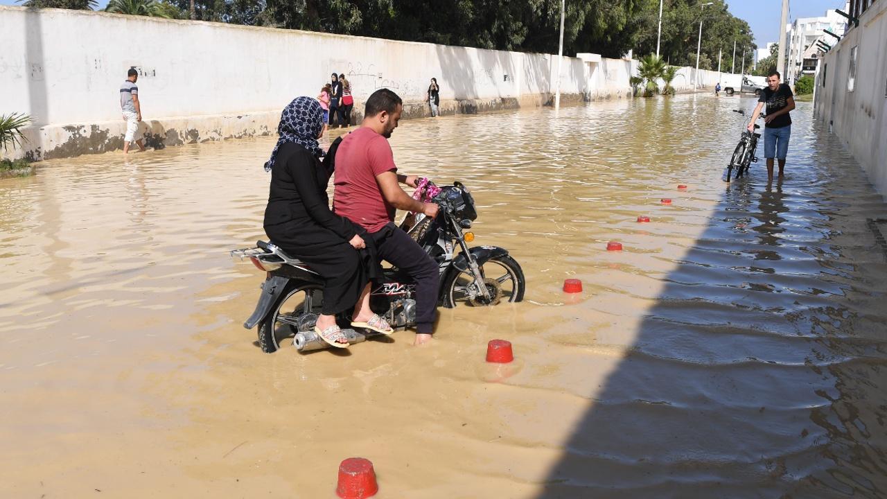 Наводнение в Тунисе: не менее 6 погибших