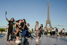В 2019 году бюджетный дефицит Франции вырастет до 2,8% ВВП