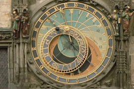 Знаменитые астрономические часы Праги отреставрировали