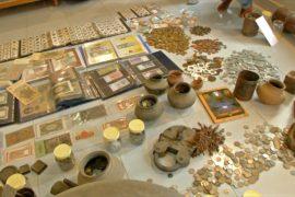 275 видов валюты разных времён и стран собрал индиец
