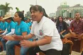 В Перу попытались побить рекорд по массовой игре на кахоне