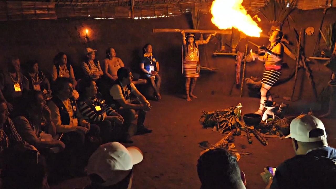 Племя индейцев-тсачила сохраняет обычаи благодаря туристам