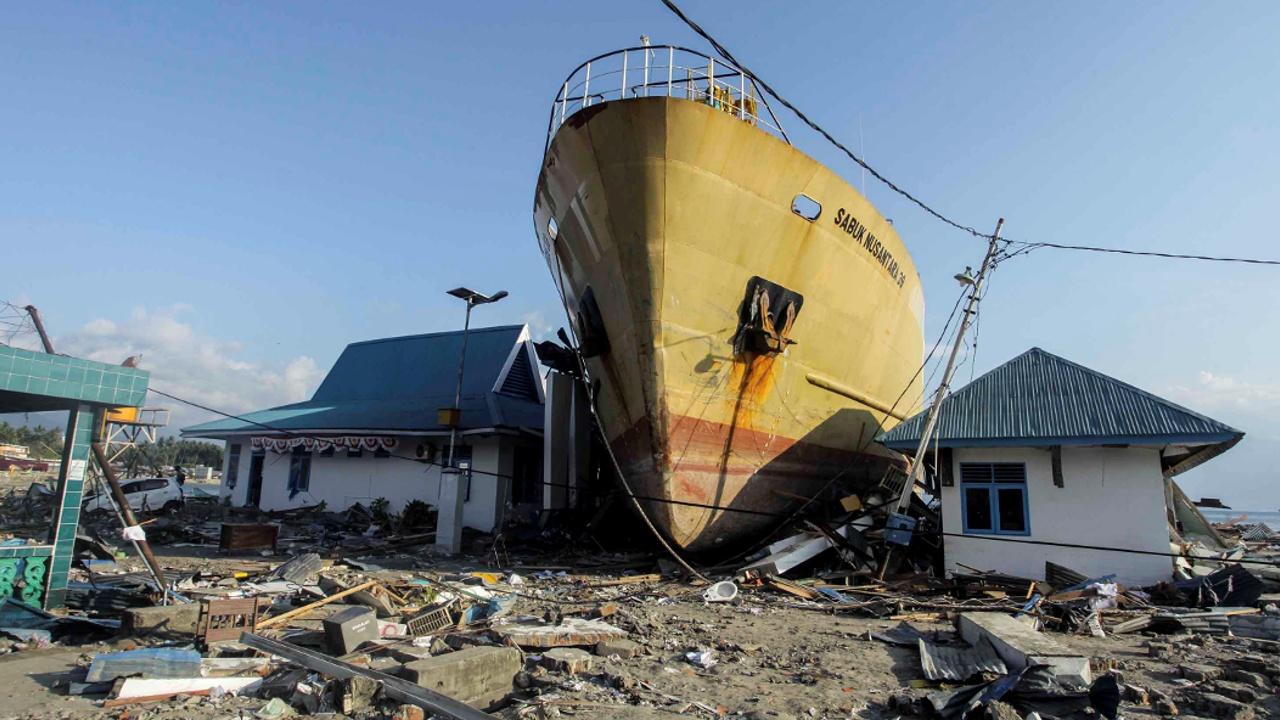 Сулавеси приходит в себя после разрушительного землетрясения
